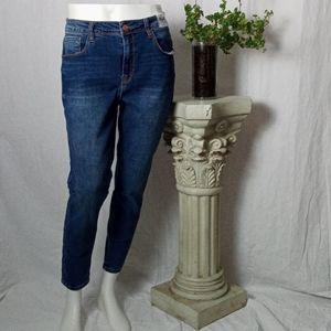 Kensie medium rinse high rise crop jeans sz 12